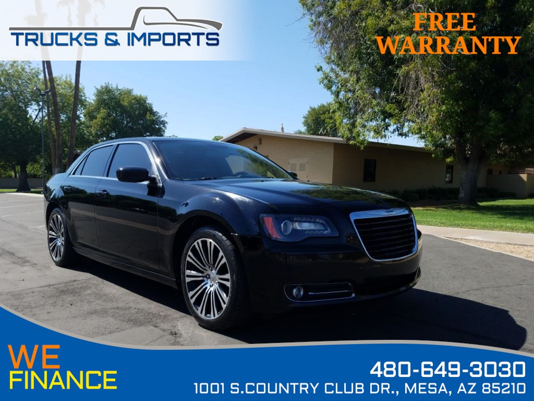 2013 Chrysler 300 300S Great Eye Appeal!