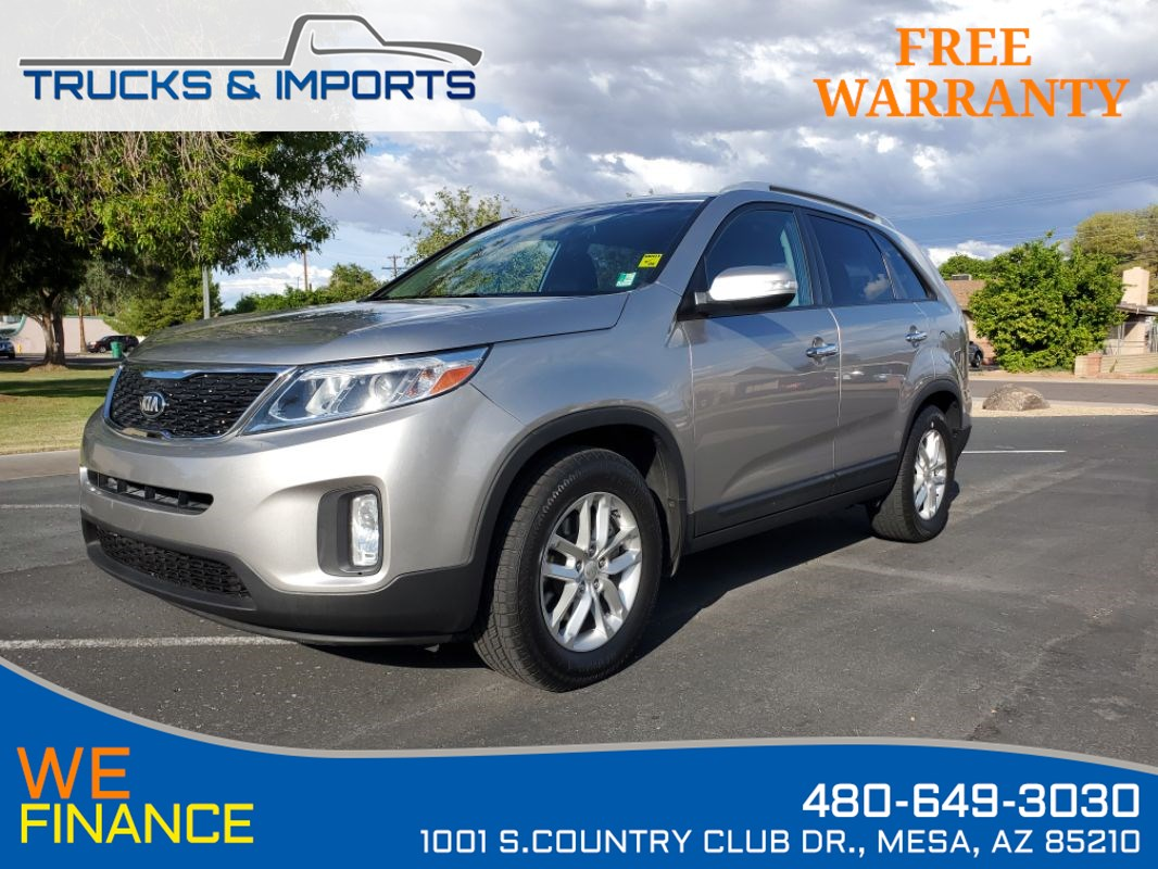 2014 Kia Sorento LX Clean CarFax plus 3rd Row!