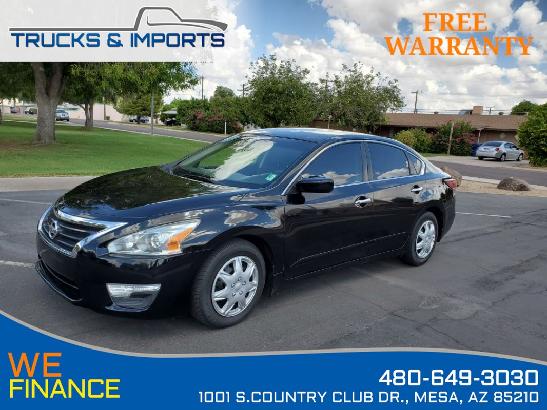 2014 Nissan Altima 2.5 S Five in stock!