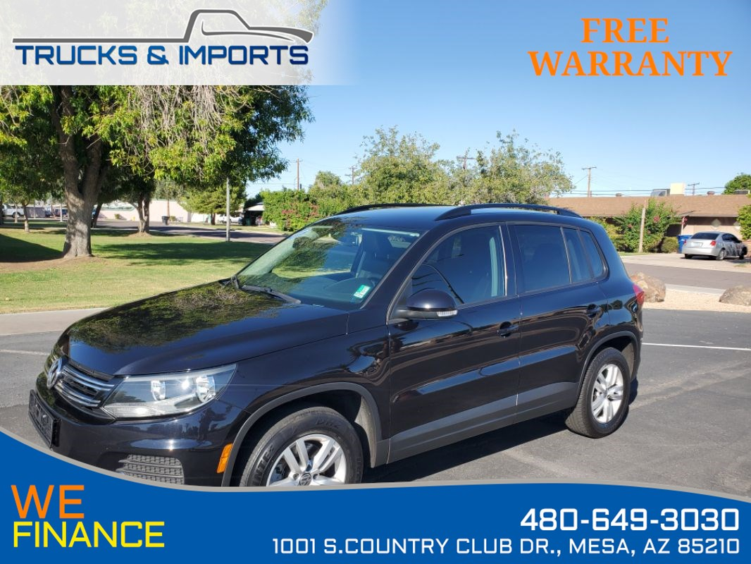 2016 Volkswagen Tiguan S Bluetooth, Backup Camera, Heated Seats!