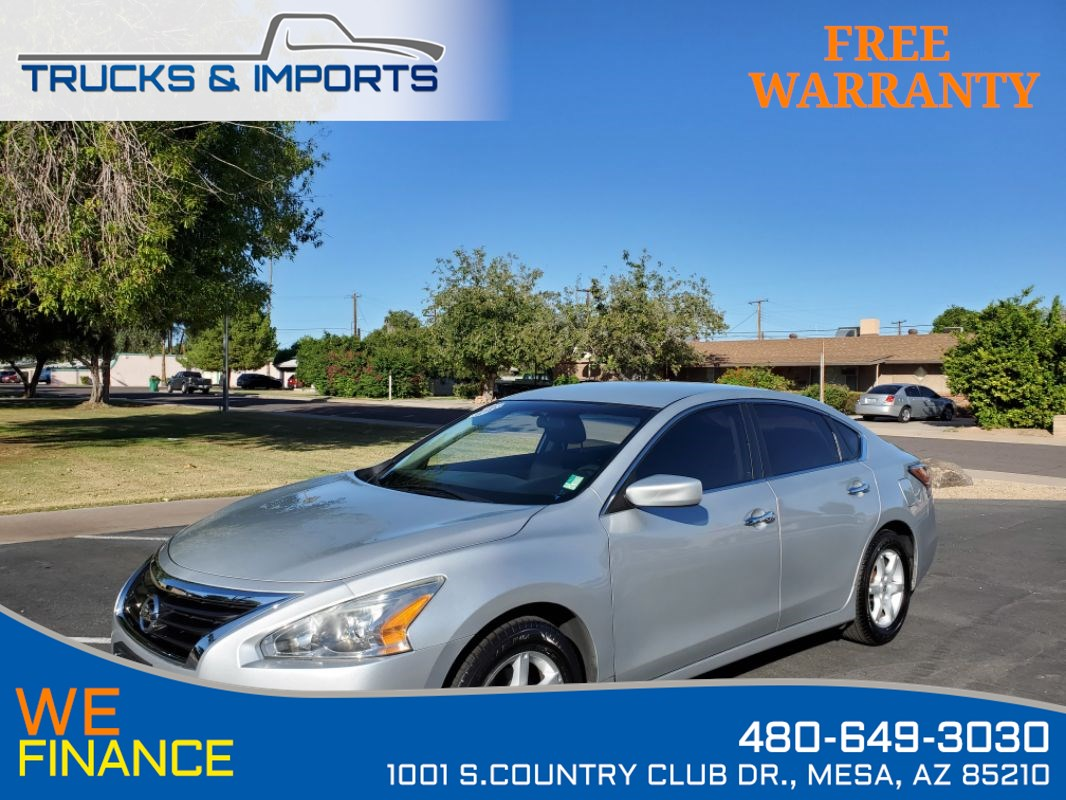 2015 Nissan Altima 2.5 5 in stock plus 38 MPG!