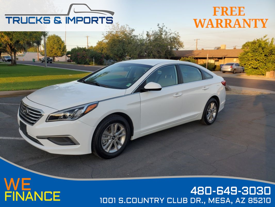 2017 Hyundai Sonata 2.4L 36 MPG plus Clean CarFax!