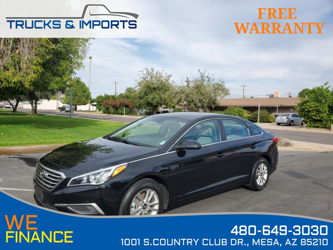 2017 Hyundai Sonata 2.4L Bluetooth plus 6 in stock!