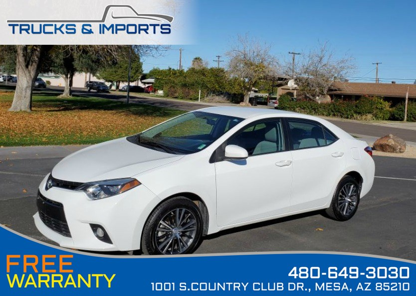 2016 Toyota Corolla LE Clean CarFax 5 in stock!