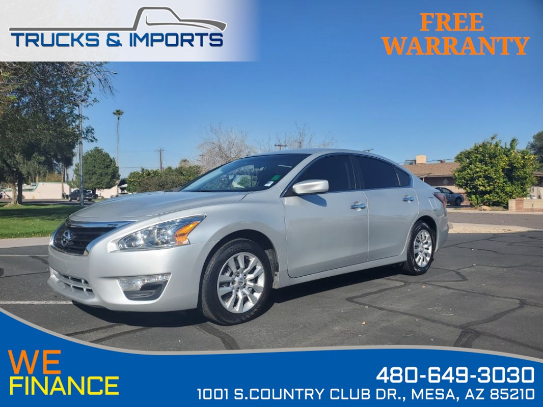2015 Nissan Altima 2.5 Clean CarFax 3 in stock!