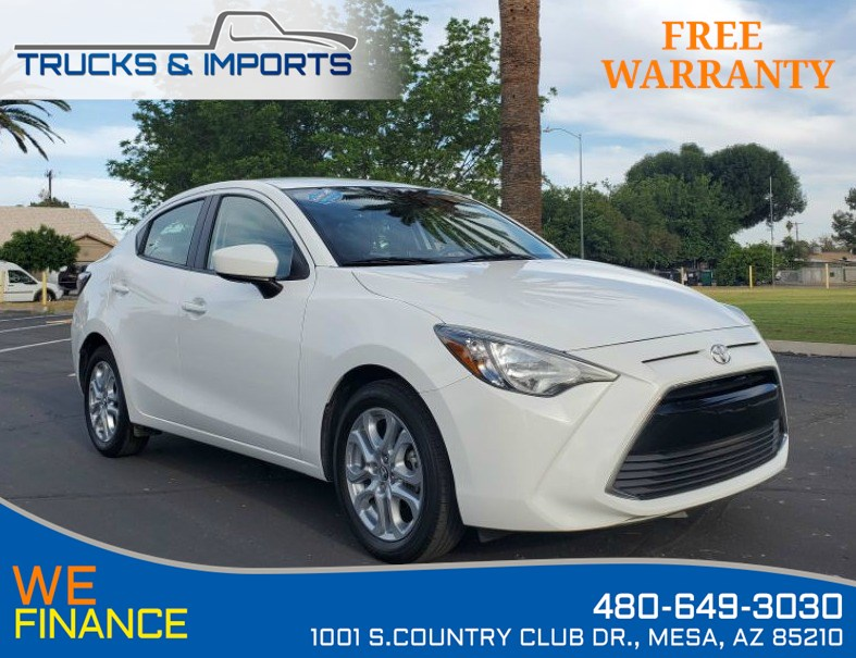 2018 Toyota Yaris iA iA Clean CarFax Bluetooth and Backup 2 in stock!