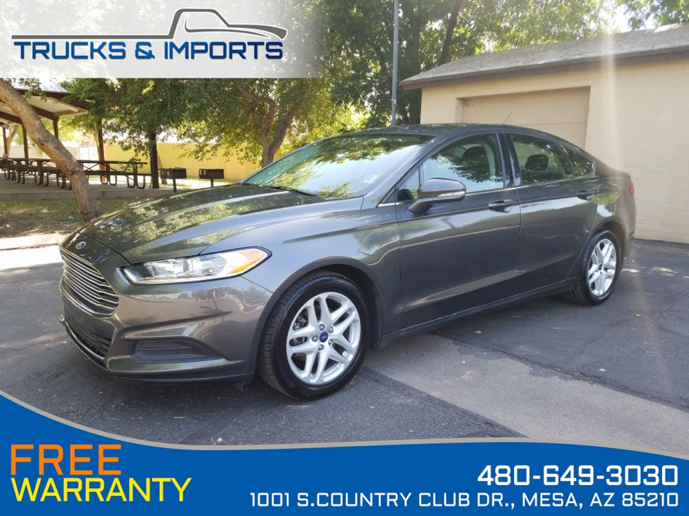 2016 Ford Fusion SE Clean Carfax shows Dealership Service Records!
