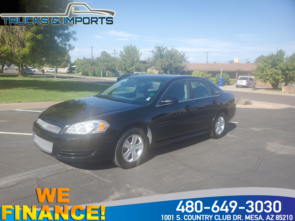 2014 Chevrolet Impala Limited LS Clean CarFax, Bluetooth plus Navigation