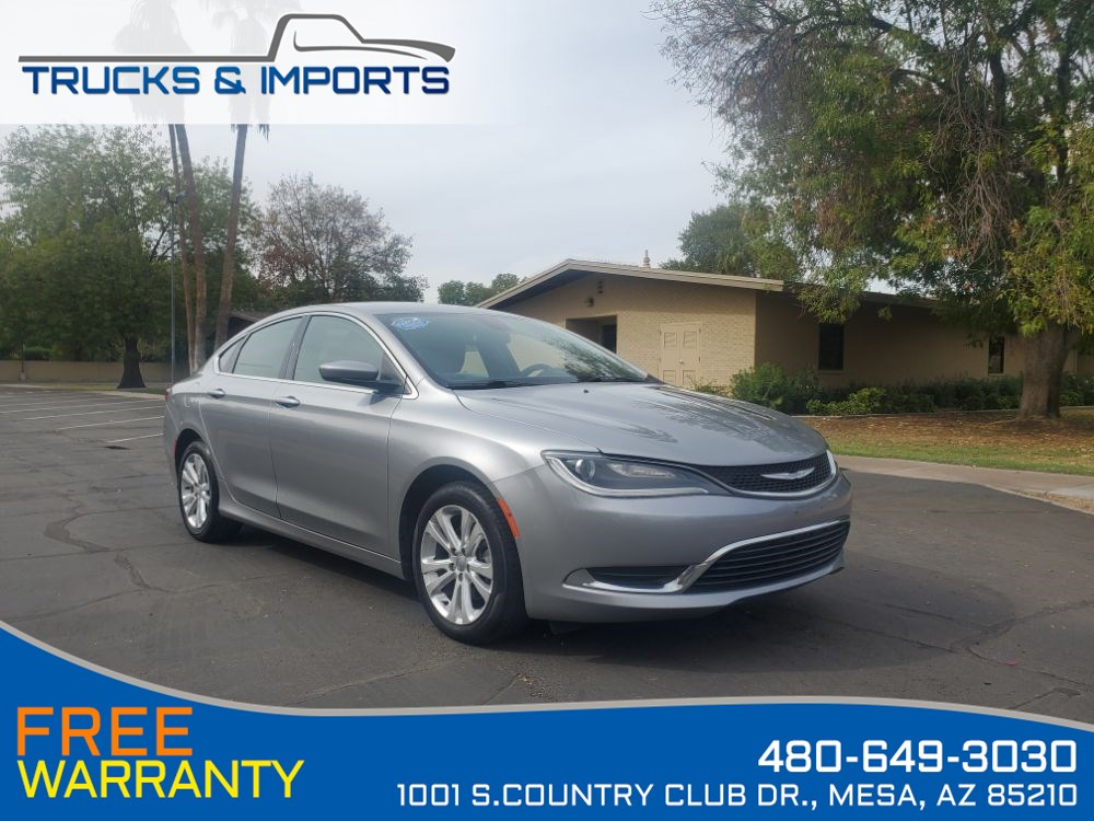 2015 Chrysler 200 Limited 3 in stock plus 36 MPH!