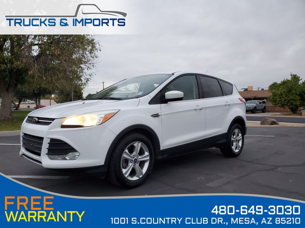 2014 Ford Escape SE Clean CarFax shows Dealership Service Records!