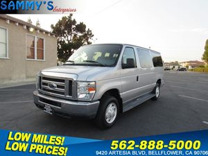 View 2008 Ford Econoline Wagon