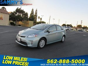 View 2015 Toyota Prius Plug-In