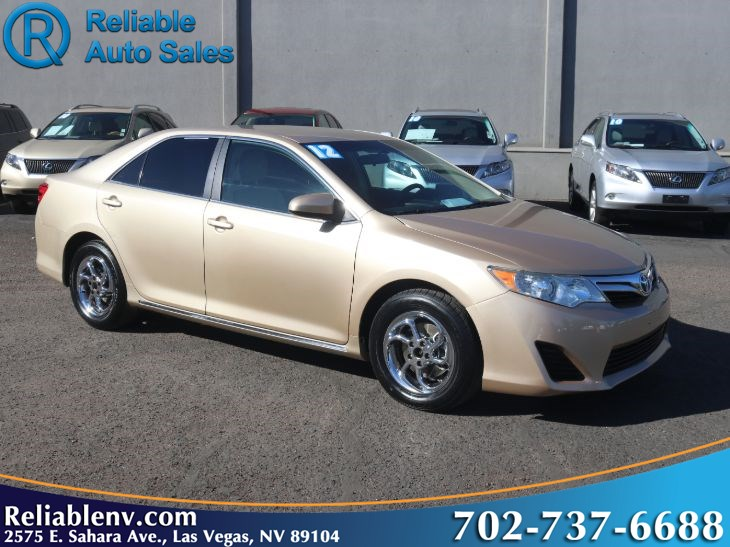 2012 Toyota Camry LE  W / CERTIFIED WARR