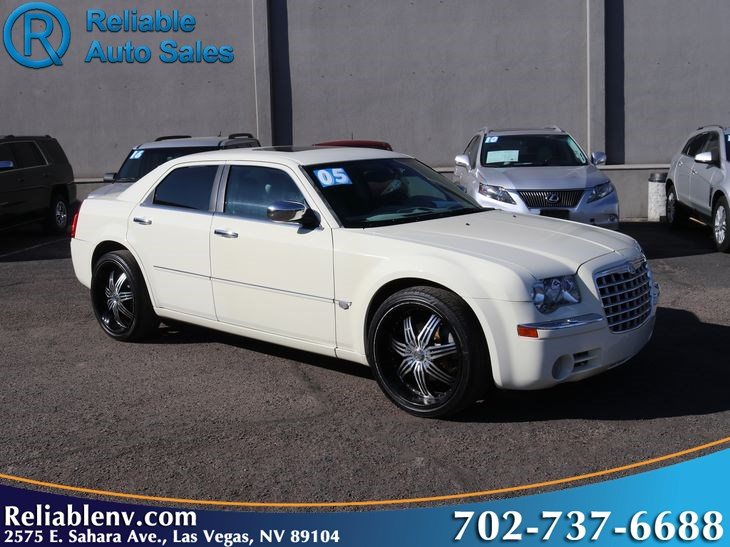 2005 Chrysler 300 300C AWD   W / CERT WARRANTY