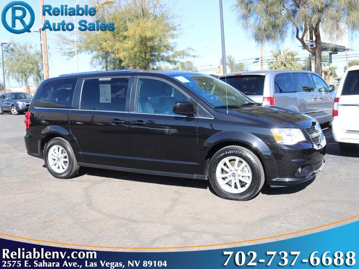 2018 Dodge Grand Caravan SXT  W/ certified WARRANTY