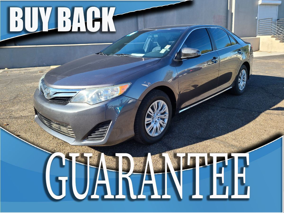 2014 Toyota Camry LE   W / CERTIFIED PROTECTION