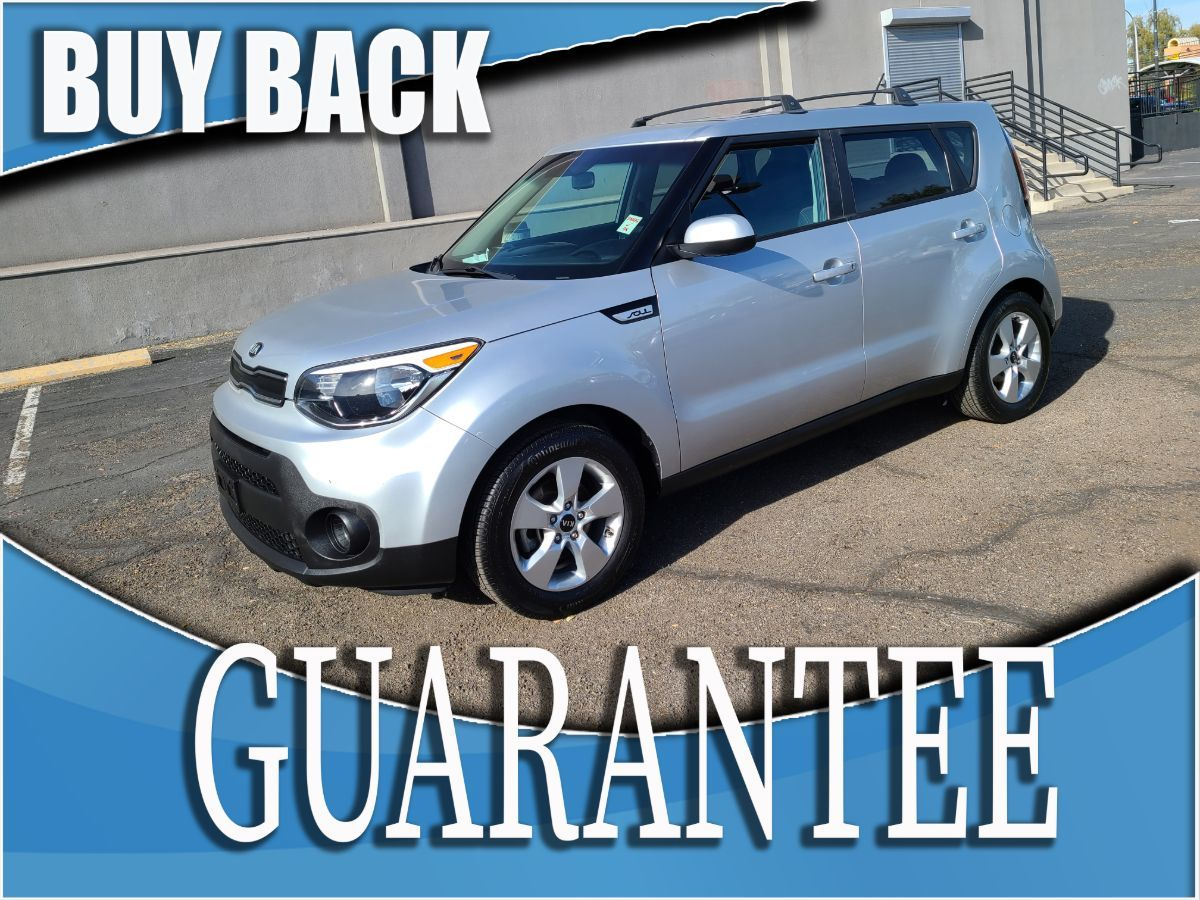 2017 Kia Soul Base   W / CERTIFIED PROTECTION