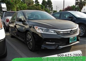 View 2017 Honda Accord