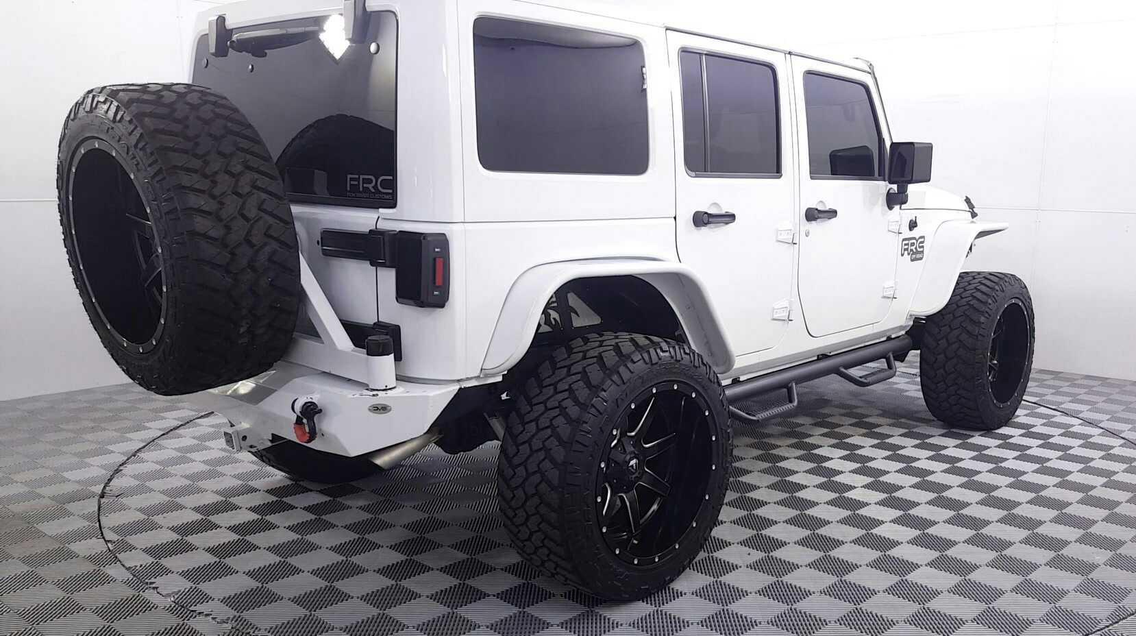 2017 Jeep Wrangler Unlimited Sahara FRC KIT - Jidd Motors