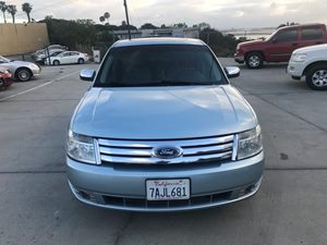 View 2009 Ford Taurus