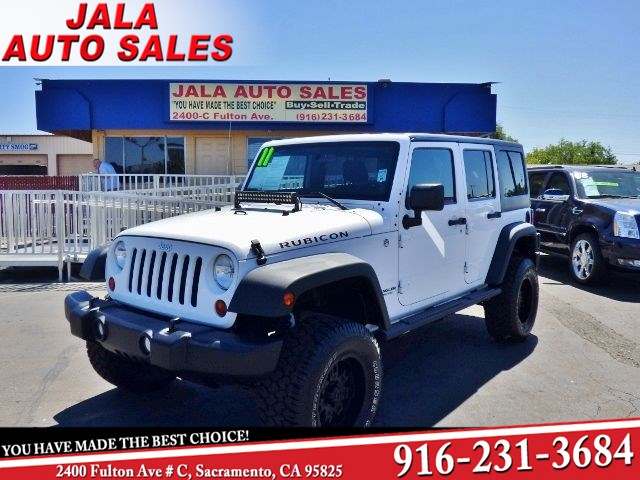 2011 Jeep Wrangler Unlimited Rubicon***Lifted***Super nice & Clean***