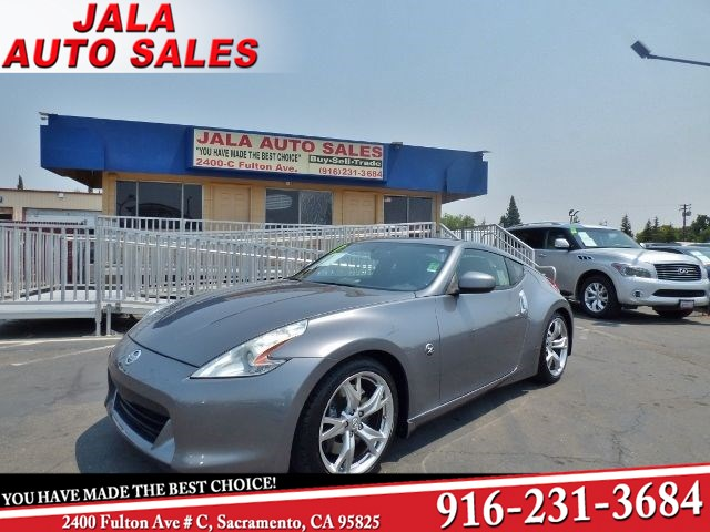 2011 Nissan 370Z Touring**LOADED**LEATHER**LOW MILES**