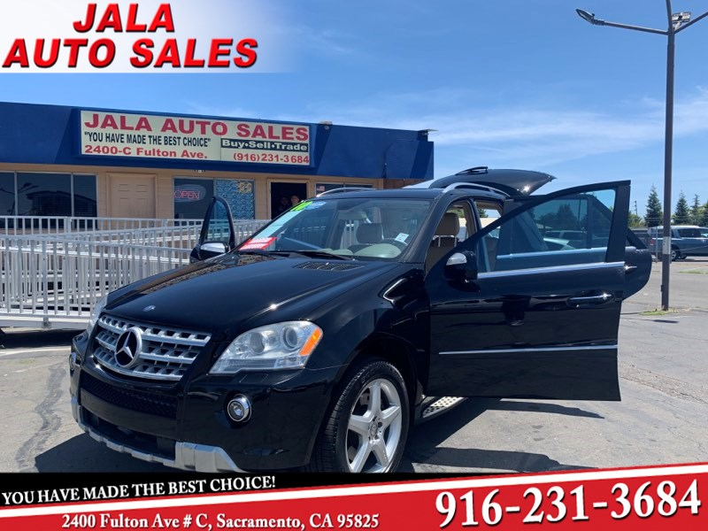 2010 Mercedes-Benz ML 550**LEATHER**NAVY***MOON ROOF**LOW MILES*** SUV