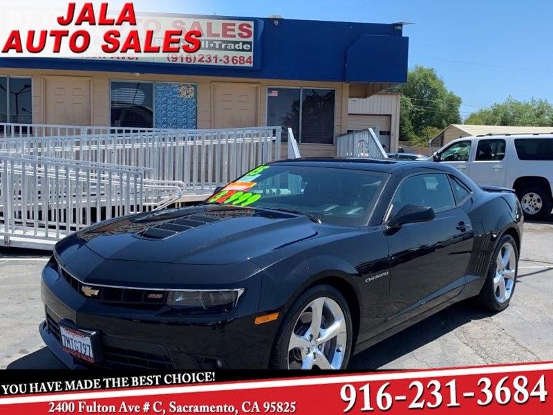 2015 Chevrolet Camaro SS**one owner***lLOW LOW MILES **6.2 SS 8K MILES .