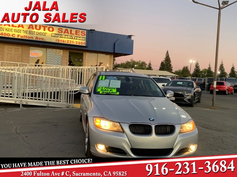 2011 BMW 3 Series 328i***Leather ***Moon Roof ***