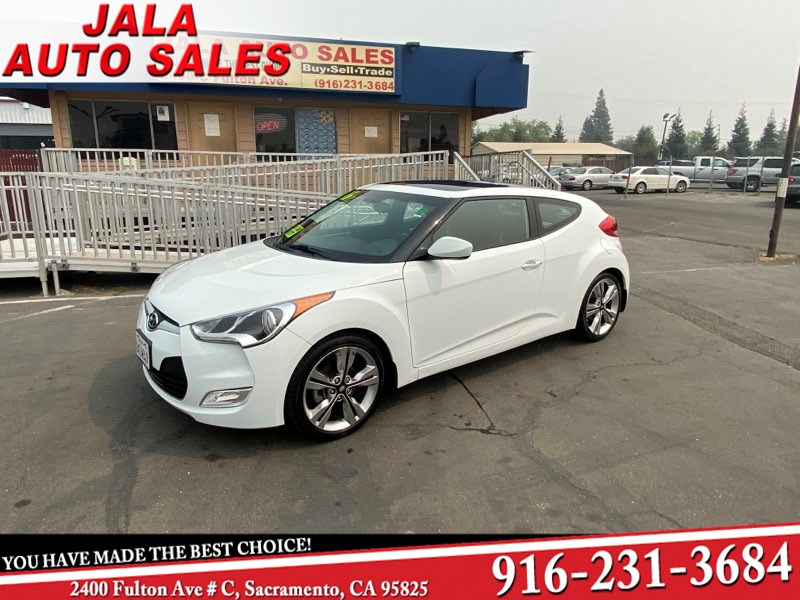 2016 Hyundai Veloster SHARP LOOKING CAR***LOW MILES***SPORTY*****