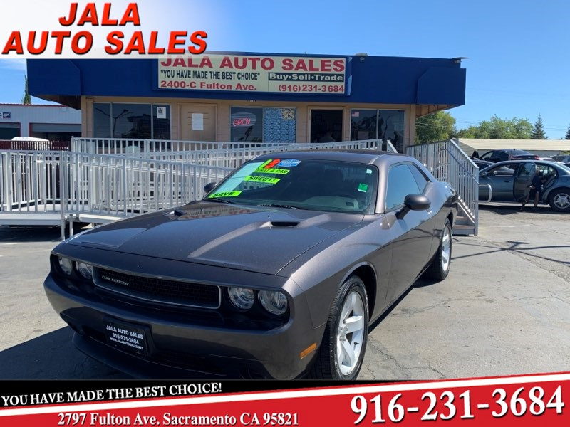 2013 Dodge Challenger SXT****Super nice***LOW LOW MILES***