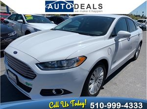 View 2016 Ford Fusion Energi