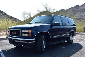 View 1999 GMC Yukon