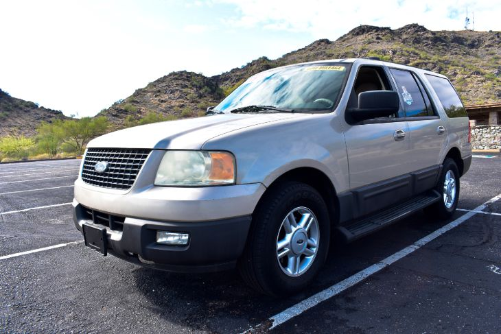 2004 Ford Expedition XLT Sport