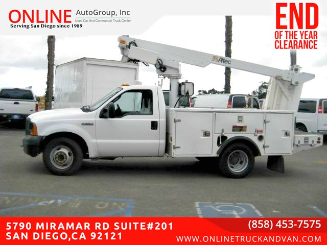 2006 Ford F-350 Super Duty Utility Boom