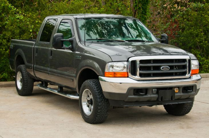 2002 Ford Super Duty F-250 Lariat