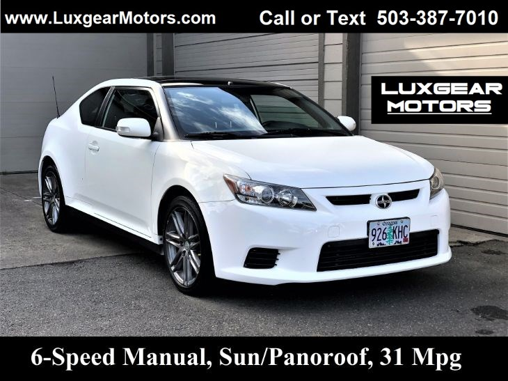 2012 Scion tC 2.5L, Pano Roof, 6-Speed Manual