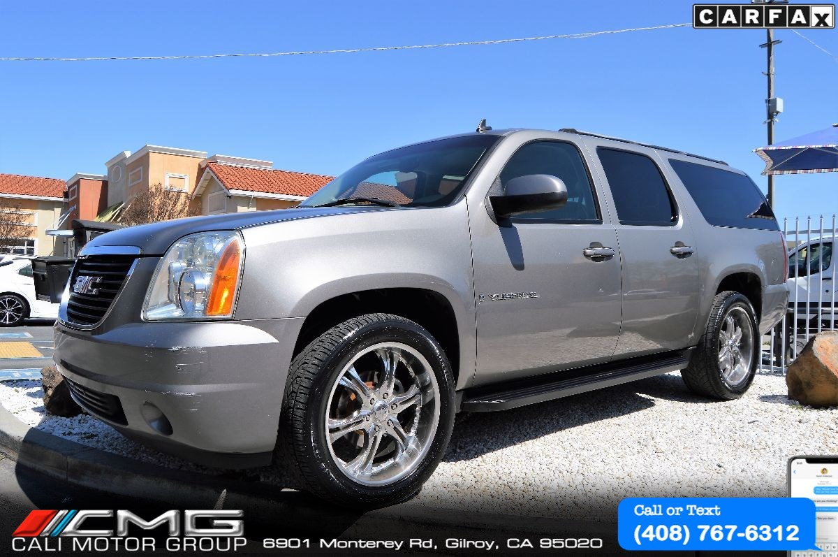 "2007 GMC Yukon XL  *22"" CHROME WHEELS  *3TH ROW SEAT SLE"