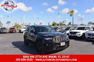 View 2017 Jeep Grand Cherokee