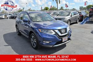 View 2017 Nissan Rogue AWD