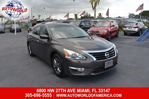 View 2015 Nissan Altima Sedan