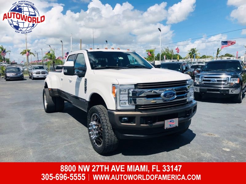 2017 Ford Super Duty F-350 DRW 4WD Crew Cab King Ranch