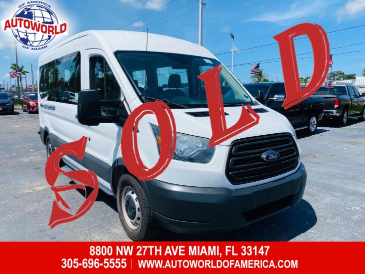 2015 Ford Transit Wagon 350 XL Med Roof 15-Passenger