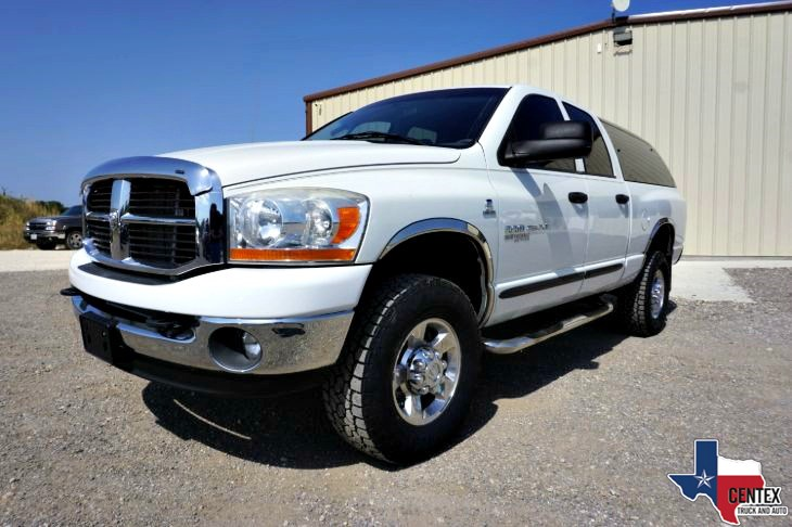 2006 Dodge RAM 2500 SLT 5.9L CUMMINS DIESEL 4X4 CLEAN