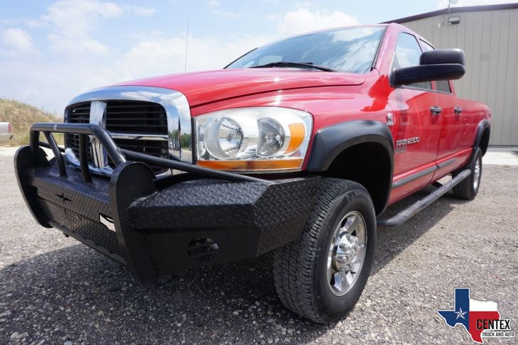 2006 Dodge RAM 2500 4X4 CUMMINS DIESEL VERY CLEAN