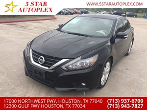 View 2017 Nissan Altima