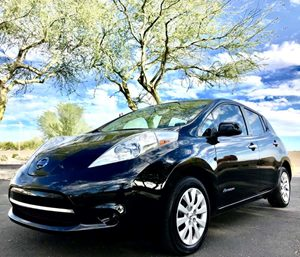 View 2015 Nissan LEAF