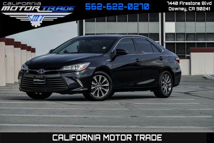 2016 Toyota Camry Hybrid XLE (BACK-UP CAMERA & BLUETOOTH)