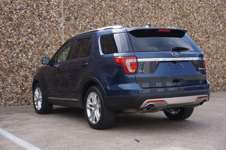 2016 Ford Explorer XLT - D&M Leasing