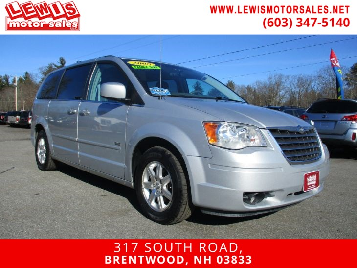 2008 Chrysler Town & Country Touring DVD Leather